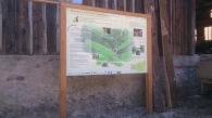 panneau d'accueil en acacia